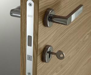 Porte interne online fabbrica produttore di porte scorrevoli ...